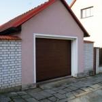 samostatná garáž s vraty